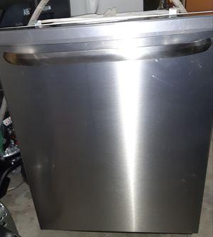 Frigidaire Dishwasher for Sale in Puyallup, WA