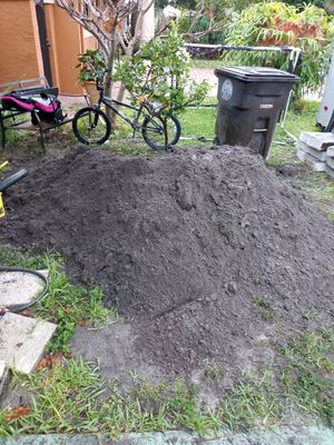 Free dirt for Sale in West Palm Beach, FL