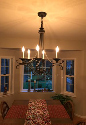Dining room light for Sale in Gig Harbor, WA