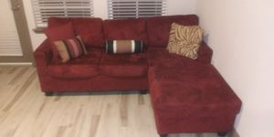 L shape sectional in good condition for Sale in Kissimmee, FL