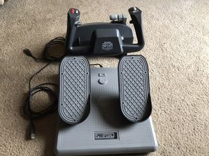 CH Products Flight Simulator Yoke and Rudder Pedals USB for Sale in Portland, OR