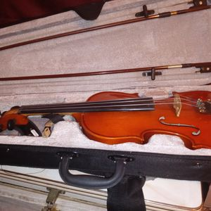 Baroque Violin Mint Condition for Sale in Channelview, TX