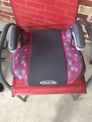 Grace Pink Booster Seat for Sale in Bridgeton, MO