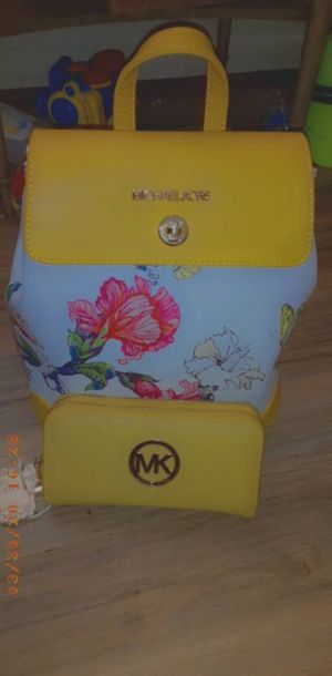 Packpack with small hand purse for Sale in Annandale, VA