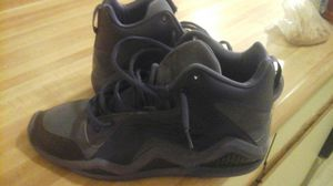 Reebok Kamikaze sz 11 signed by NFL WR for Sale in New York, NY
