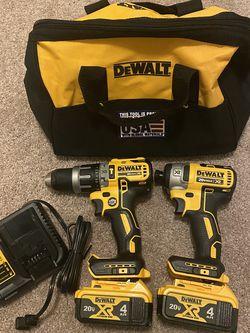 New Dewalt Drill +impact Combo Kit ( $260 Firm ) for Sale in Lake Stevens,  WA