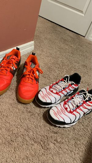 Nike running shoes and rebook Sneakers Both size 12 can fit 11'5 for Sale in Winter Haven, FL