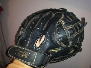 Girls softball glove! for Sale in Matteson, IL