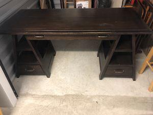 Wooden Desk for Sale in Round Rock, TX