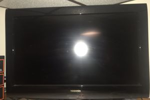 Toshiba TV 15 3/4 x 27 3/4 (check out my other offers too:) for Sale in Chicago, IL
