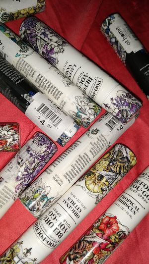 12 poo pourris travel size sprays 35$ for Sale in Norfolk, VA