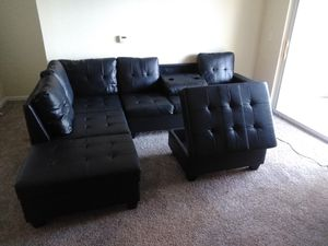 New In The Box - Black Leather Sectional W/Ottoman for Sale in Houston, TX