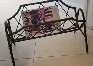 magazine rack for Sale in Hialeah, FL