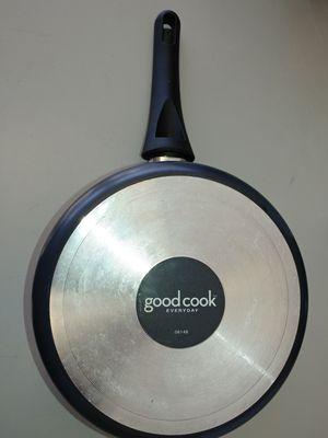 Good cook sauce pan 3.5qt for Sale in Bonney Lake, WA