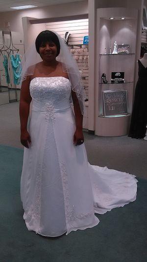 Wedding dress for Sale in Decatur, GA