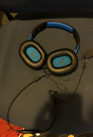 Turtle beach gaming headphones with mic. Mint condition for Sale in New Haven, CT