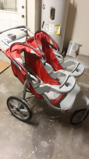 Instep Safari Double jogging stroller for Sale in San Angelo, TX