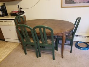 kitchen table with chairs for Sale in Mahomet, IL