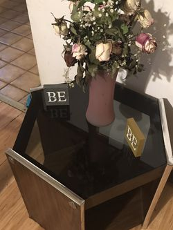 Hexagon Coffee Table for Sale in Flossmoor,  IL