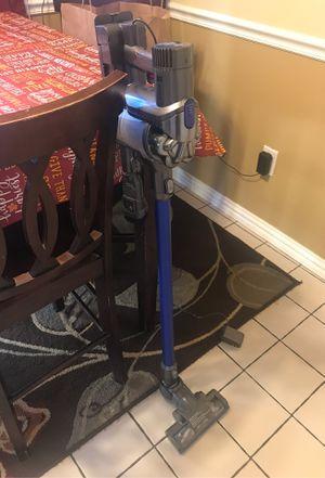 Dyson vacuum for Sale in La Porte, TX