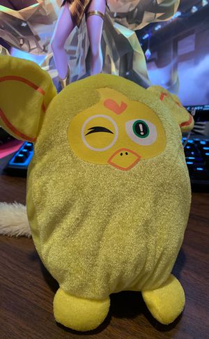Yellow plushie for Sale in Quincy, MA