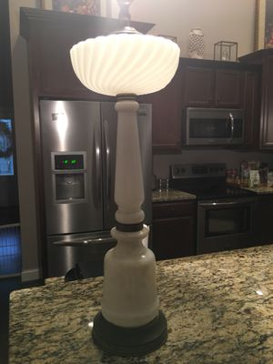Antique Lamp for Sale in Piedmont, SC