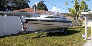 20' Bayliner with 4 cylinder volvo penta.(project boat) for Sale in St. Petersburg, FL