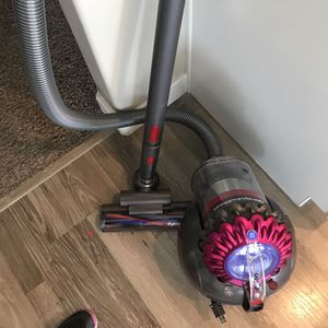 Dyson Big Ball like New!! for Sale in Saratoga Springs, UT