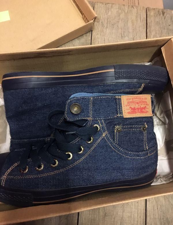 Levi's Jean Hightop Sneaker ........ size 10