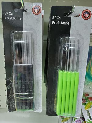 Pack of 5 Fruit Knifes Green or Black for Sale in Monrovia, CA