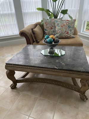 Coffee table and 2 end tables for Sale in Wake Forest, NC