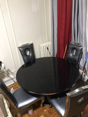 Dining room table, sofa table, coffe table in glass material for Sale in The Bronx, NY
