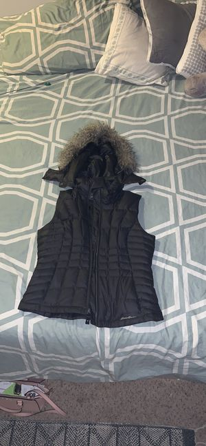 Eddie Bauer vest for Sale in Lynnwood, WA