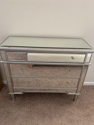 Mirror dresser for Sale in Roseville, CA