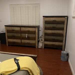 Bedroom Set for Sale in Buena Park, CA