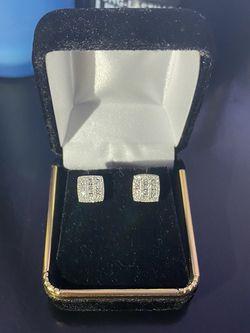 14K Diamond earrings for Sale in Washington,  DC