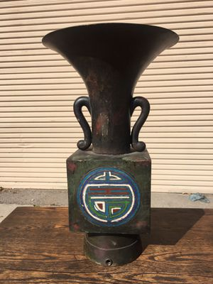 Chinese bronze & Cloisonné Vase for Sale in Whittier, CA