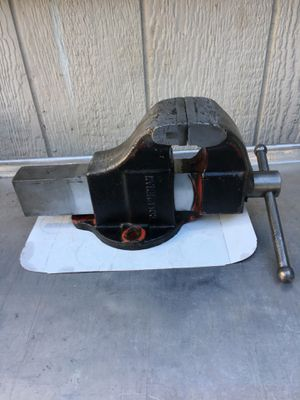 Vintage Columbian Bench Vise - Made in USA for Sale in Anaheim, CA