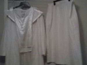 Brand new white three piece set for Sale in Groveport, OH