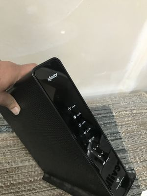 Comcast modem router Arris TG1682/TG1682g for Sale in Bothell, WA