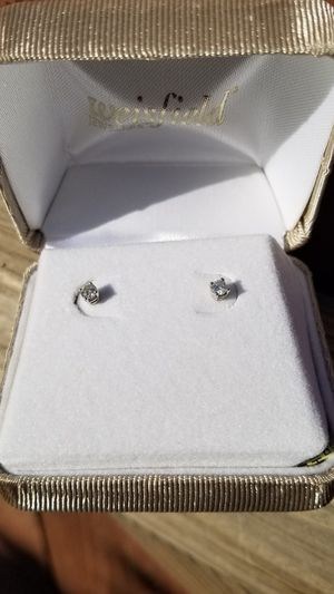 Diamond earrings for Sale in Riverside, CA