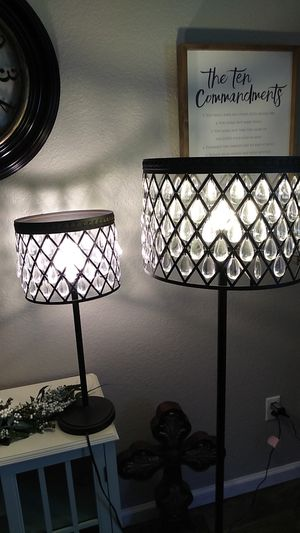 Matching lamp and floor lamp. for Sale in Yukon, OK
