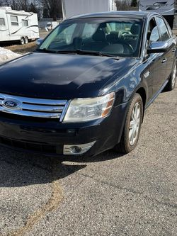 2008 Ford Taurus Limited AWD for Sale in Garden City,  MI