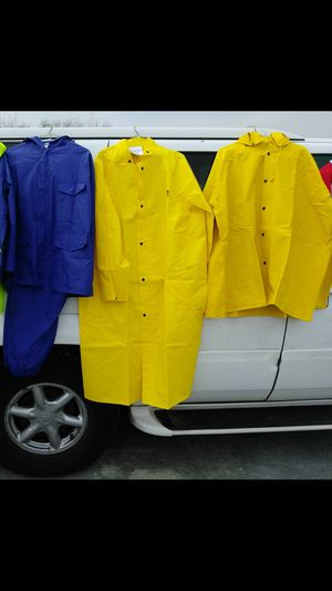 RAIN COATS SAFETY GEAR. READ DETAILS for Sale in St. Louis, MO