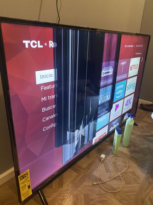 TCL roku smart tv for Sale in Austin, TX