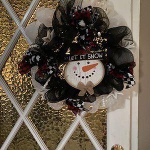 Snowman Christmas Wreath for Sale in Downey, CA