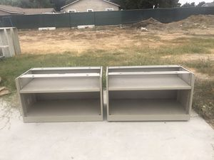 "Metal Shelves 18""x36""x21"" for Sale in Chino, CA"