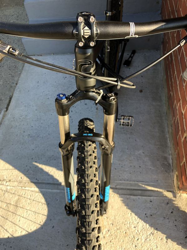 Cannondale mountain Bike.