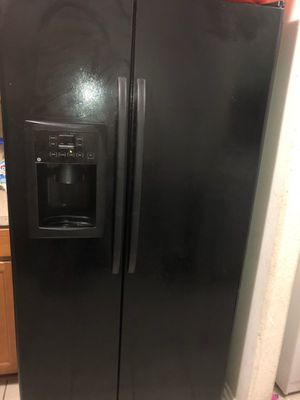 General electric refrigerator for Sale in Houston, TX
