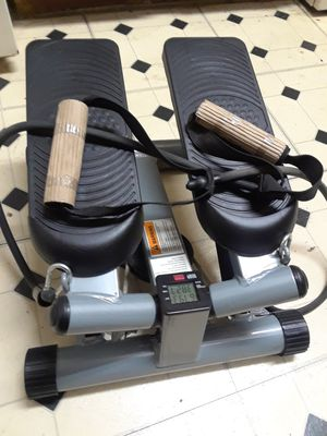 BRAND NEW EXERCISE STEPPER WITH BAND FOR A TOTAL BODY WORKOUT. BURNS CALORIES AND TONES MUSCLES for Sale in Dallas, TX
